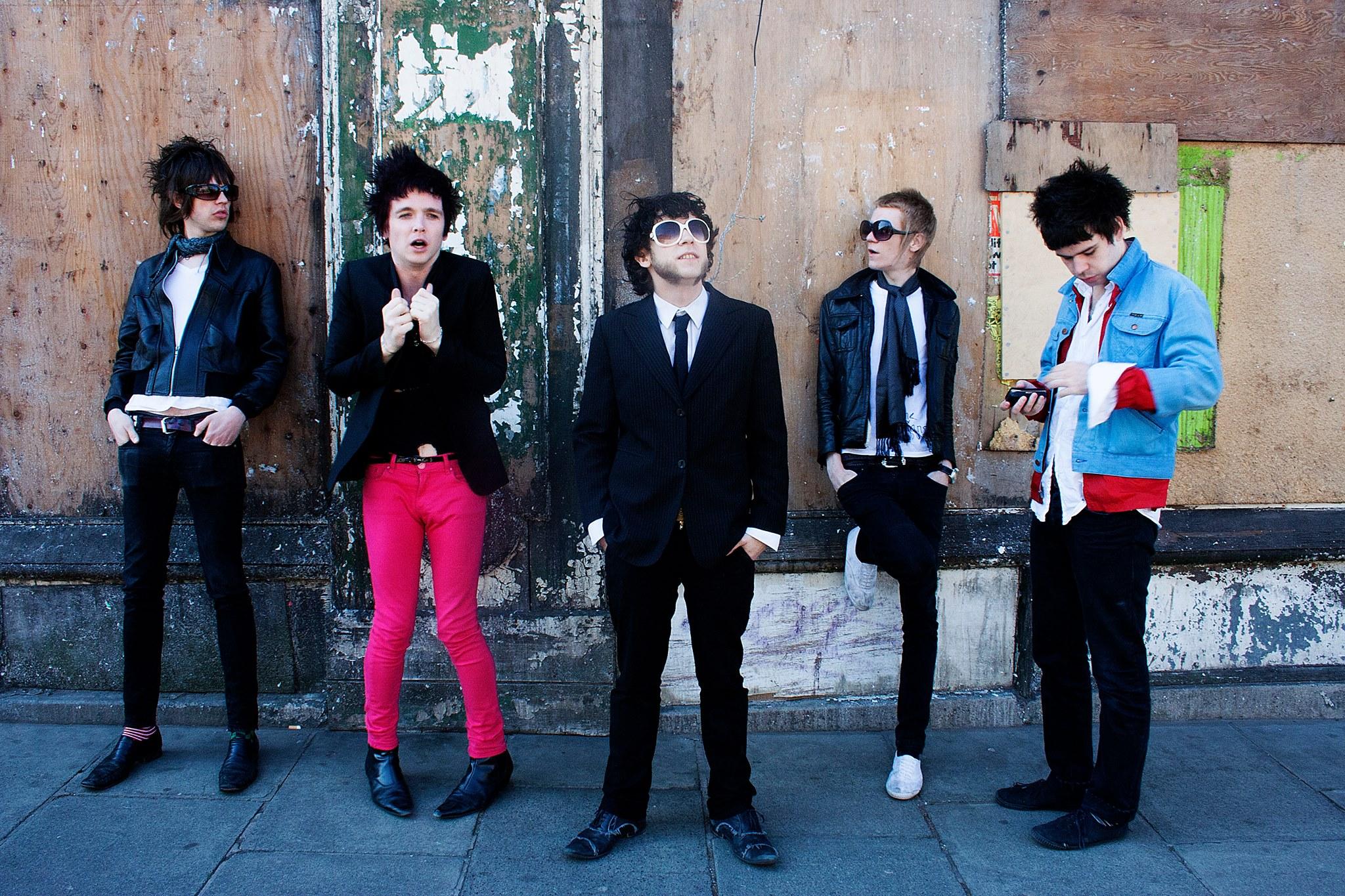 new album alert-the vivians-10th anniversay- indie music-new music-punk rock-indie rock-wolfinasuit-wolf in a suit