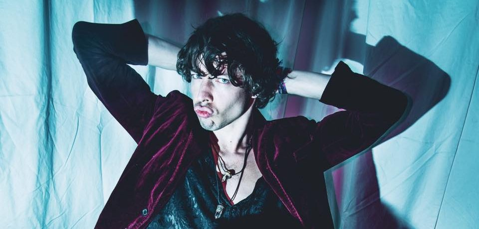 golden dandelions-barns courtney-indie rock-indie music-new music-uk-music blog-indie blog-wolfinasuit-wolf in a suit