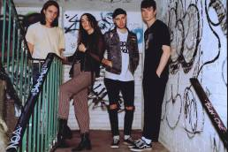 featured music video-wouldn't wanna be ya-yonaka-uk-brighton-indie rock-new music-indie music-music blog-indie blog-wolfinasuit-wolf in a suit