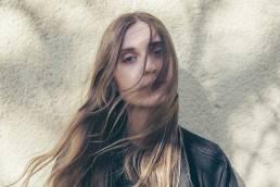 listen-bby nevermind-by-linn koch emmery-Sweden-indie music-indie rock-new music-music blog-indie blog-wolf in a suit-wolfinasuit
