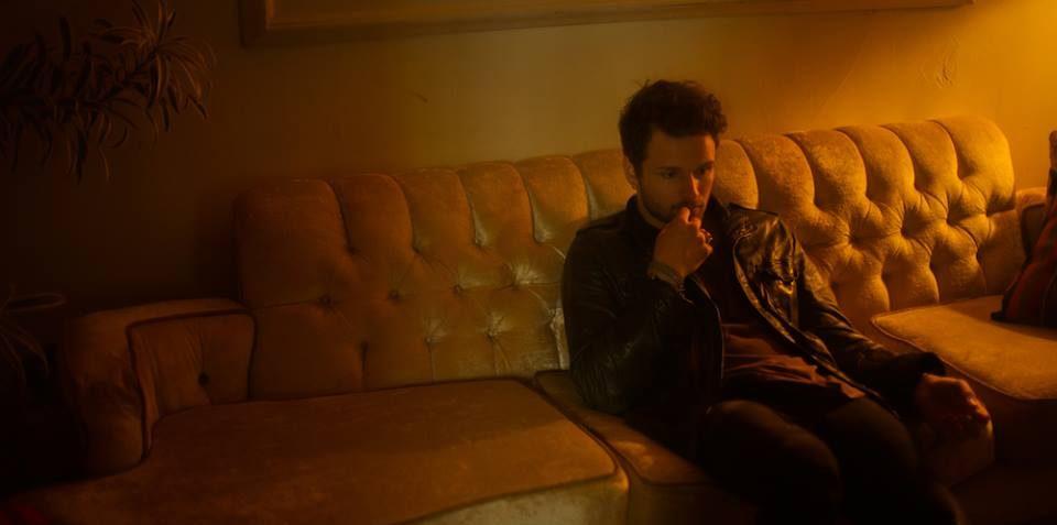 listen-paranoid-by-crouse-indie music-indie rock-alternative-new music-music blog-indie blog-wolf in a suit-wolfinasuit