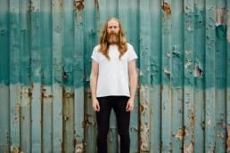 premiere-forfeit-by-daniel peterson-music video-indie music-new music-indie rock-Australia-music blog-indie blog-wolf in a suit-wolfinasuit