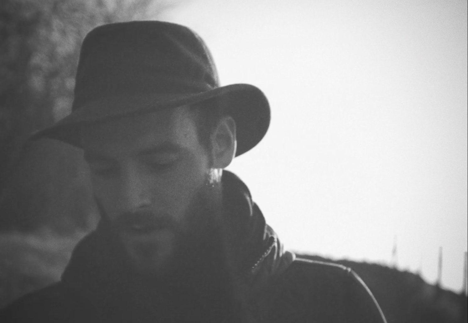 new music alert-my narrow road-by-roo panes-UK-indie music-new music-indie folk-music blog-indie blog-wolf in a suit-wolfinasuit-wolf in a suit blog-wolf in a suit music blog