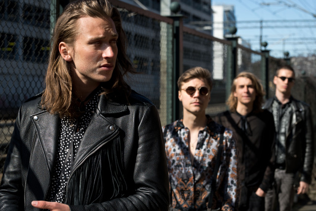 new music alert - the machine - by - charlotte & the thieves - Norway - indie music - new music - indie rock - music blog - indie blog - wolf in a suit - wolfinasuit - wolf in a suit blog - wolf in a suit music blog