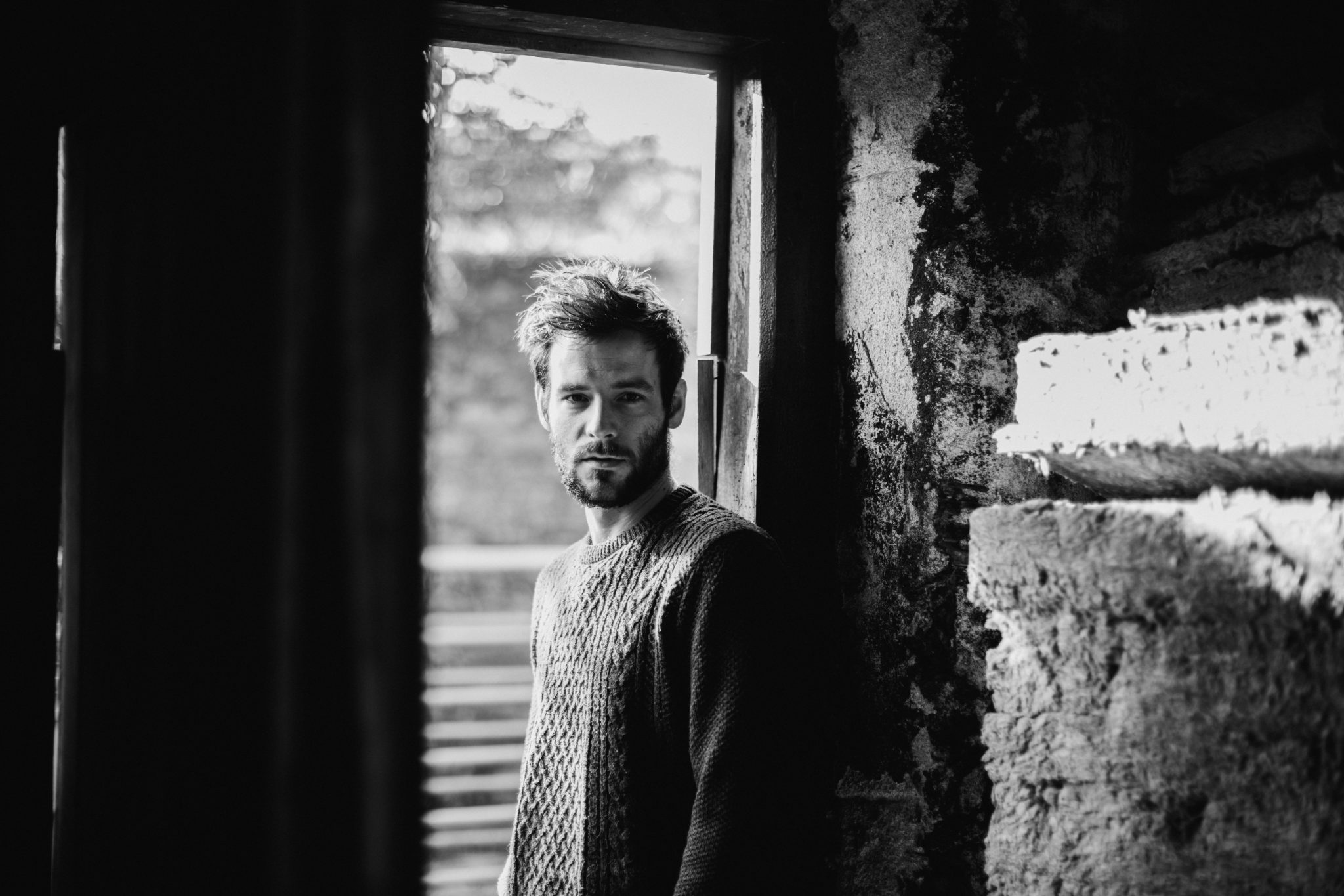 listen - ophelia - by - roo panes - uk - indie music - new music - indie folk - music blog - indie blog - wolf in a suit - wolfinasuit - wolf in a suit blog - wolf in a suit music blog