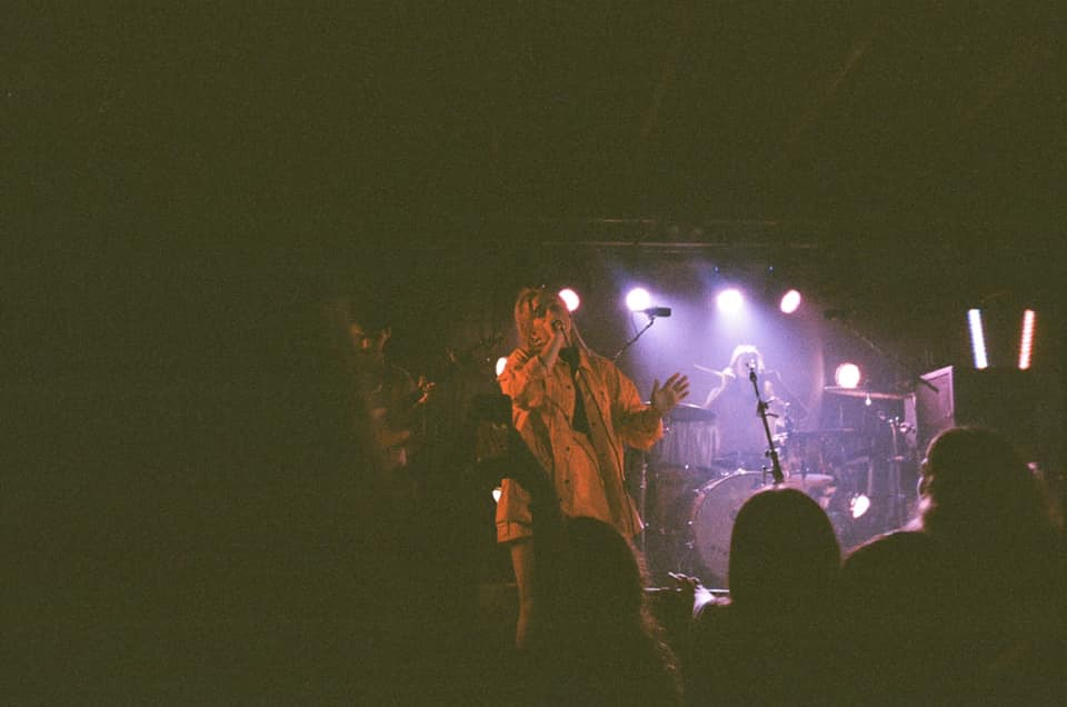 music video - blue velvet - by - tia gostelow - piano version - Australia - indie music - new music - indie pop - music blog - indie blog - wolf in a suit - wolfinasuit - wolf in a suit blog - wolf in a suit music blog