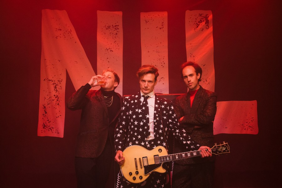 idiot victory - the dirty nil - Canada - indie music - indie rock - new music - punk rock - music blog - wolf in a suit - wolfinasuit - wolf in a suit blog - wolf in a suit music blog