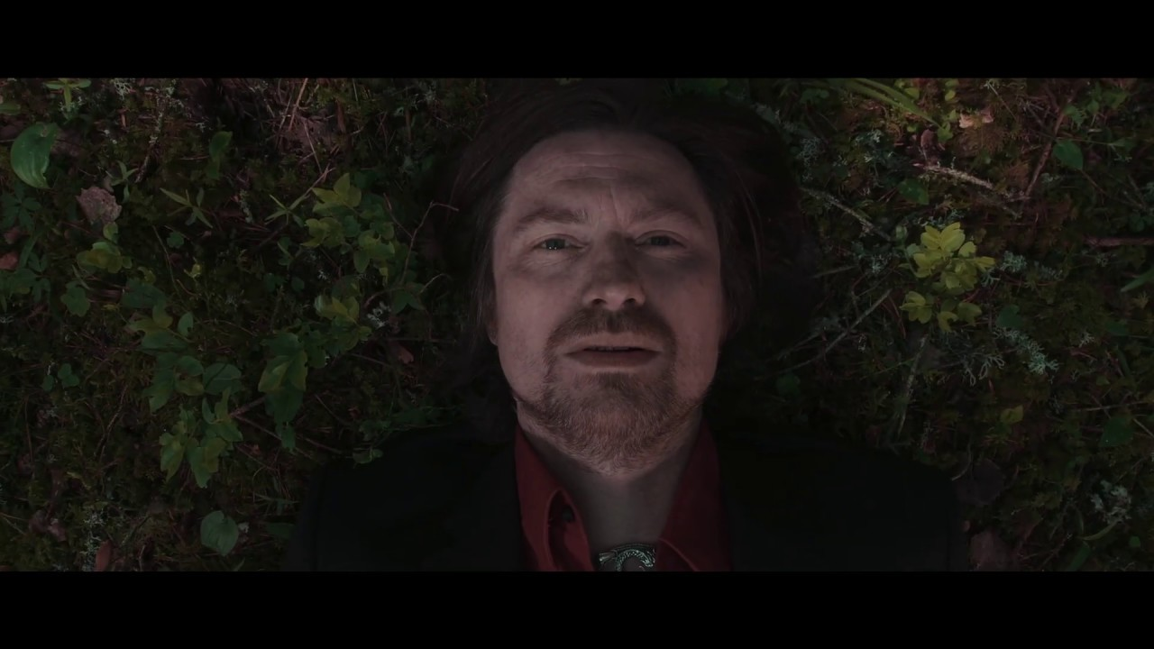music video - Right next to nothing - Ben Lorentzen - Daisy Chapman - Norway - USA - indie - indie music - indie folk - new music - music blog - wolf in a suit - wolfinasuit - wolf in a suit blog - wolf in a suit music blog