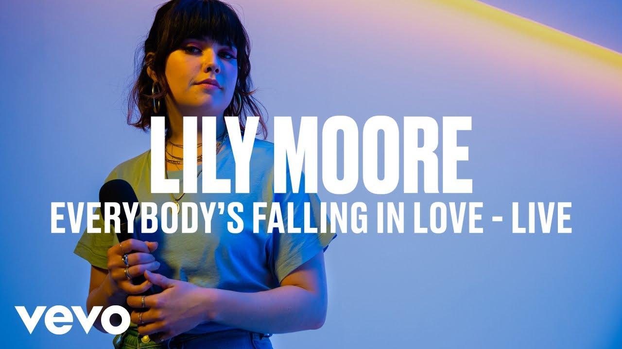music video - everybody's falling in love - lily moore - UK - indie - indie music - indie pop - new music - music blog - wolf in a suit - wolfinasuit - wolf in a suit blog - wolf in a suit music blog