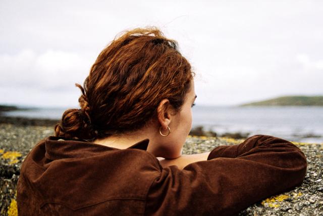 music video - marjorie - nuria graham - Spain - indie - indie music - indie folk - indie pop - new music - music blog - wolf in a suit - wolfinasuit - wolf in a suit blog - wolf in a suit music blog