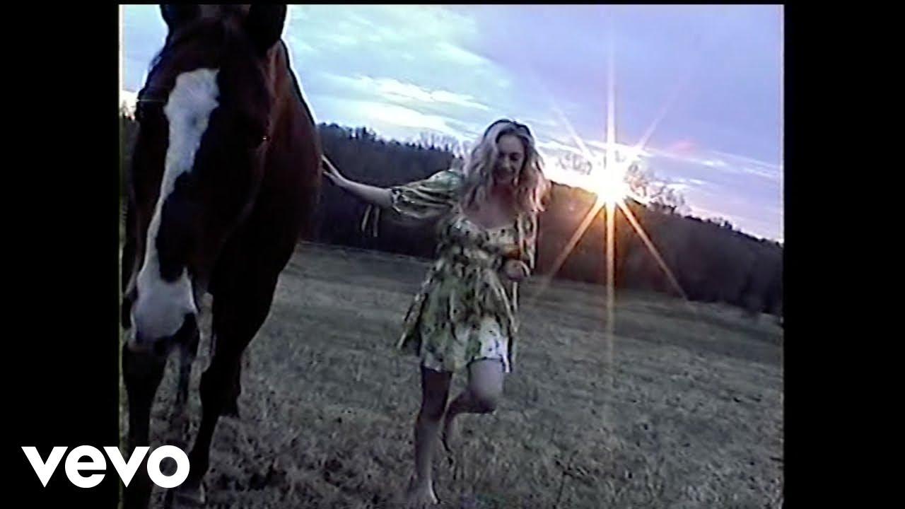 music video - kitchen table - somegirlnamedanna - indie - indie - indie pop - new music - music blog - wolf in a suit - wolfinasuit - wolf in a suit blog - wolf in a suit music blog