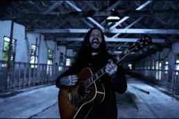 music video - through the valley - shawn james - indie - indie music - indie rock - new music - music blog - wolf in a suit - wolfinasuit - wolf in a suit blog - wolf in a suit music blog
