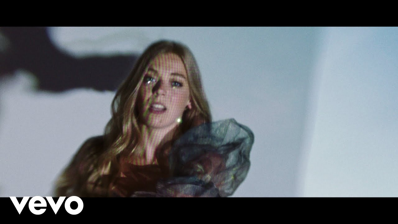 music video - sigala - becky hill - ft - weiss - UK - indie music - indie pop - new music - music blog - indie blog - wolf in a suit - wolfinasuit - wolf in a suit blog - wolf in a suit music blog