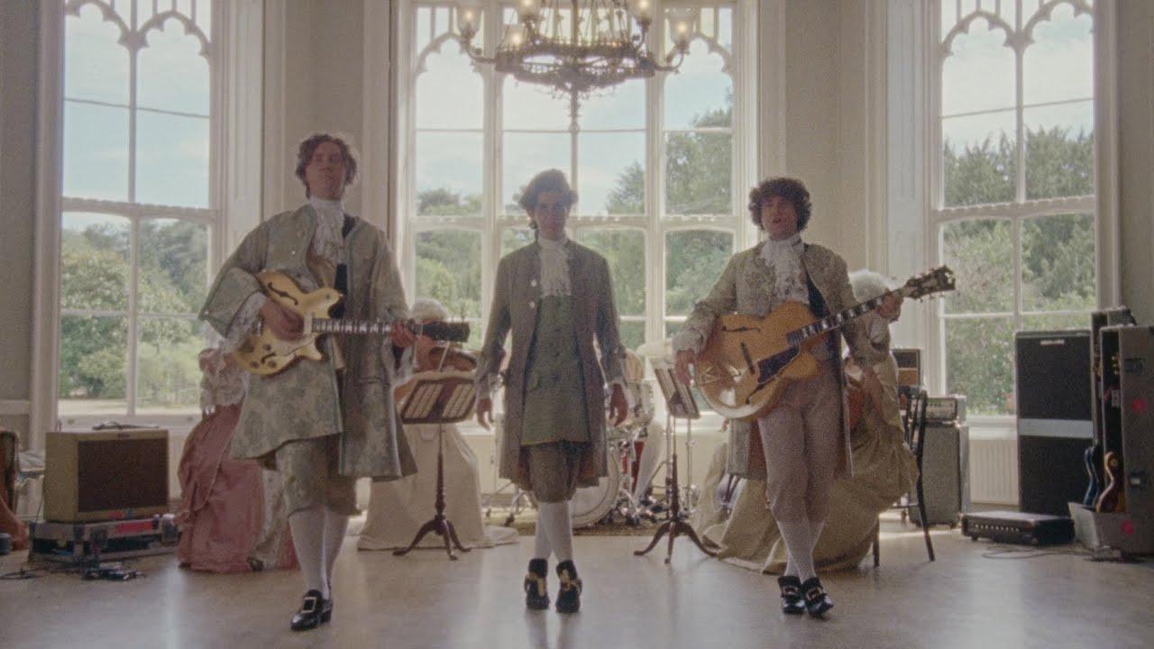 music video - hey love - filous - the kooks - UK - indie - indie music - new music - music blog - indie pop - indie rock - wolf in a suit - wolfinasuit - wolf in a suit blog - wolf in a suit music blog