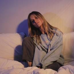 rosie darling - usa - indie - indie music - new music - indie pop - music blog - wolf in a suit - wolfinasuit - wolf in a suit blog - wolf in a suit music blog