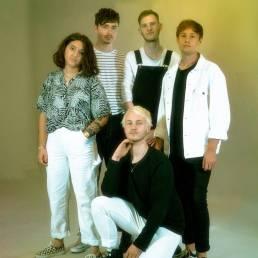 sarpa salpa - UK - indie - indie music - indie rock - new music - music blog - wolf in a suit - wolfinasuit - wolf in a suit blog - wolf in a suit music blog