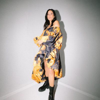 ana moura - portugal - indie - indie music - indie pop - indie rock - indie folk - new music - music blog - wolf in a suit - wolfinasuit - wolf in a suit blog - wolf in a suit music blog