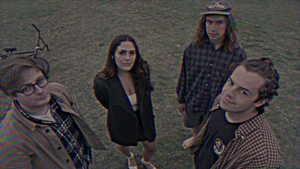 yarn. - usa - indie - indie music - indie pop - indie rock - indie folk - new music - music blog - wolf in a suit - wolfinasuit - wolf in a suit blog - wolf in a suit music blog