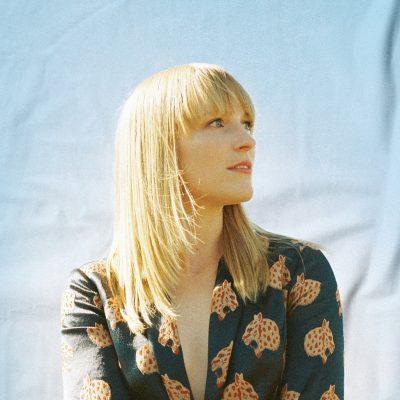 Breagh Isabel - canada - indie - indie music - indie pop - indie rock - indie folk - new music - music blog - wolf in a suit - wolfinasuit - wolf in a suit blog - wolf in a suit music blog
