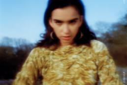 sweet temptation - sofia monroy - sweden - indie - indie music - indie rock - new music - music blog - wolf in a suit - wolfinasuit - wolf in a suit blog - wolf in a suit music blog